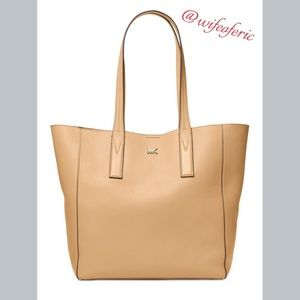 NWT Michael Kors Leather Tote